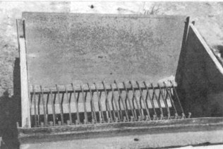 Как сделать молотилку для зерна своими руками 906