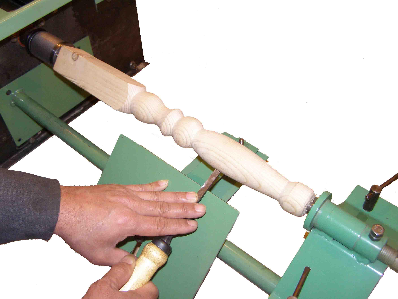 Токарный деревообрабатывающий станок для дома своими руками