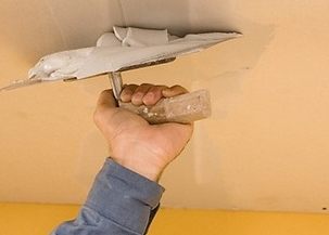 Ремонт потолка своими руками. Особенности штукатурных работ