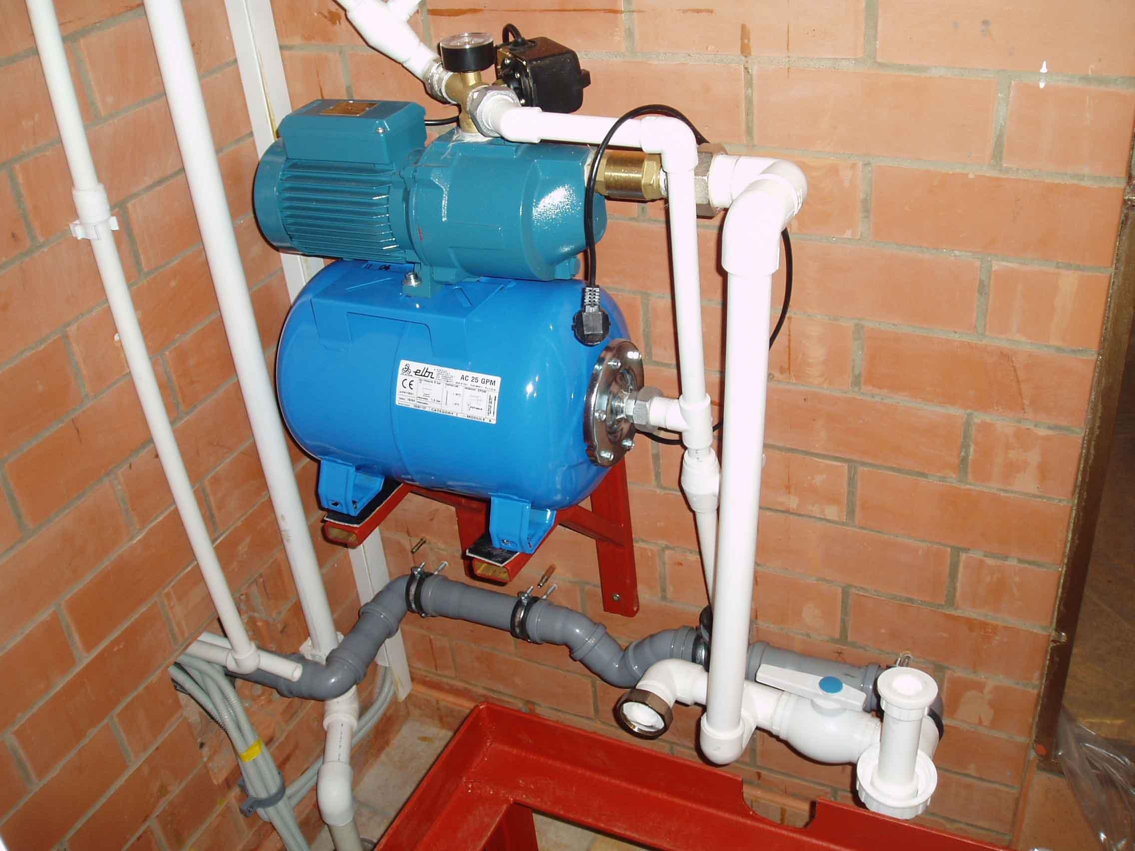 Водопровод в своем доме своими руками