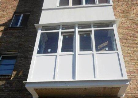 Изюминка любого помещения - французский балкон