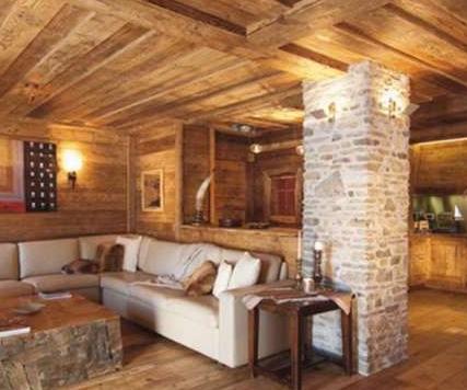 Современный загородный домик или блок-хаус «под старину»