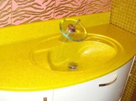 Каким материалом отделать стены в ванной комнате?