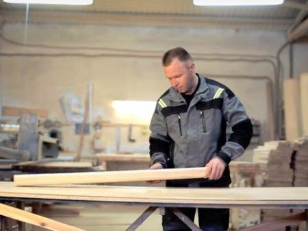 Как привести в порядок деревянную лестницу