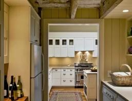 Планировка кухни и подсобных помещений