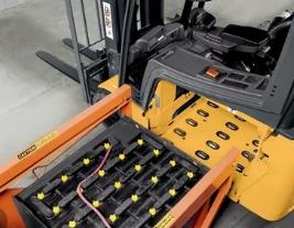 Как выбрать тяговые аккумуляторы для вилочных погрузчиков