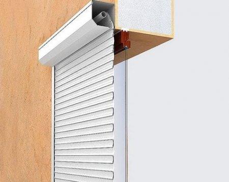 3 совета по уходу за роллетами на окна