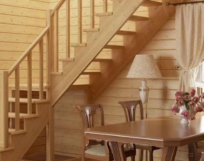 Преимущества деревянной лестницы